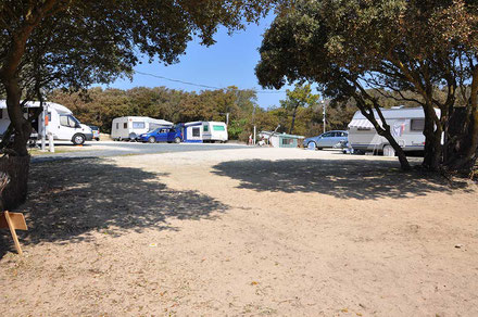 image4 emplacements camping les pins oleron